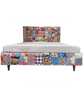 Chashme Baddoor Bed