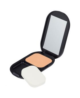 MF Facefinity Compact 02 Ivory